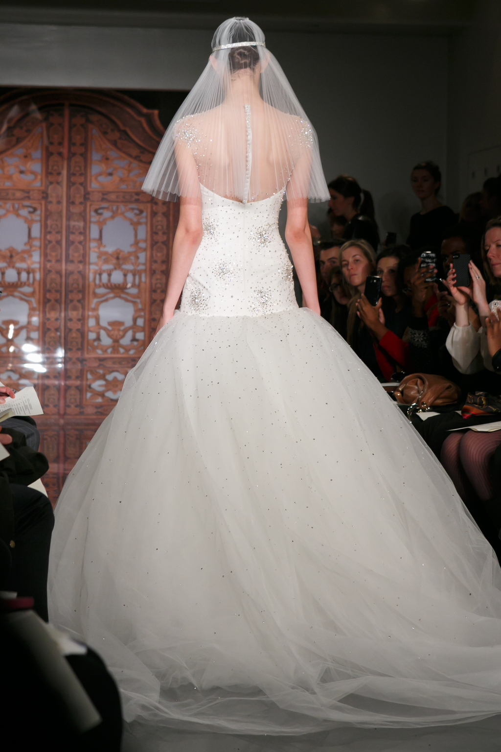 Reem-acra-wedding-dress-fall-2013-bridal-sadie-super-star.full