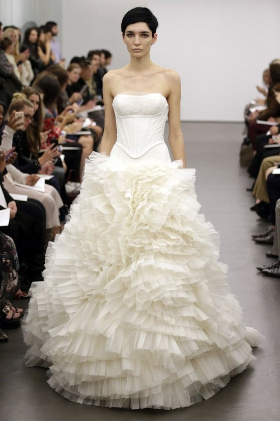 Vera Wang wedding dress Fall 2013 bridal 2