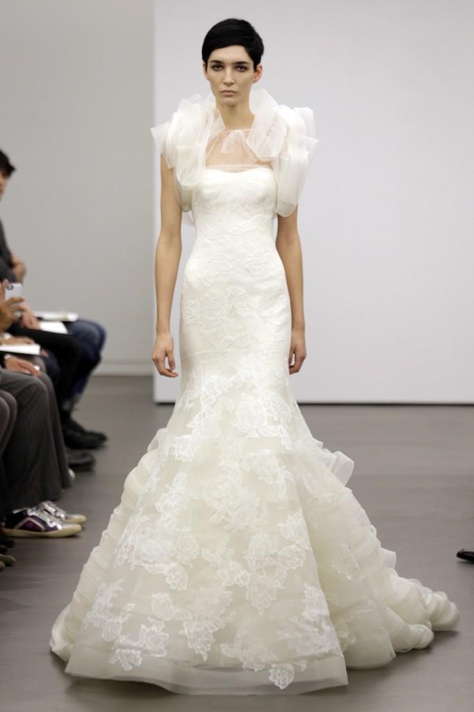 Vera-wang-wedding-dress-fall-2013-bridal-3.full