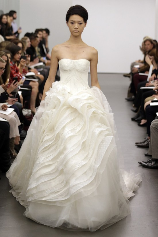 Vera Wang wedding dress Fall 2013 bridal 4