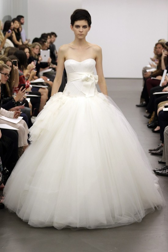 Vera Wang wedding dress Fall 2013 bridal 7
