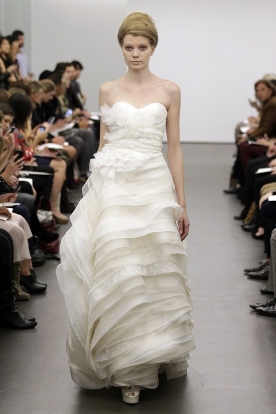 Vera Wang wedding dress Fall 2013 bridal 11