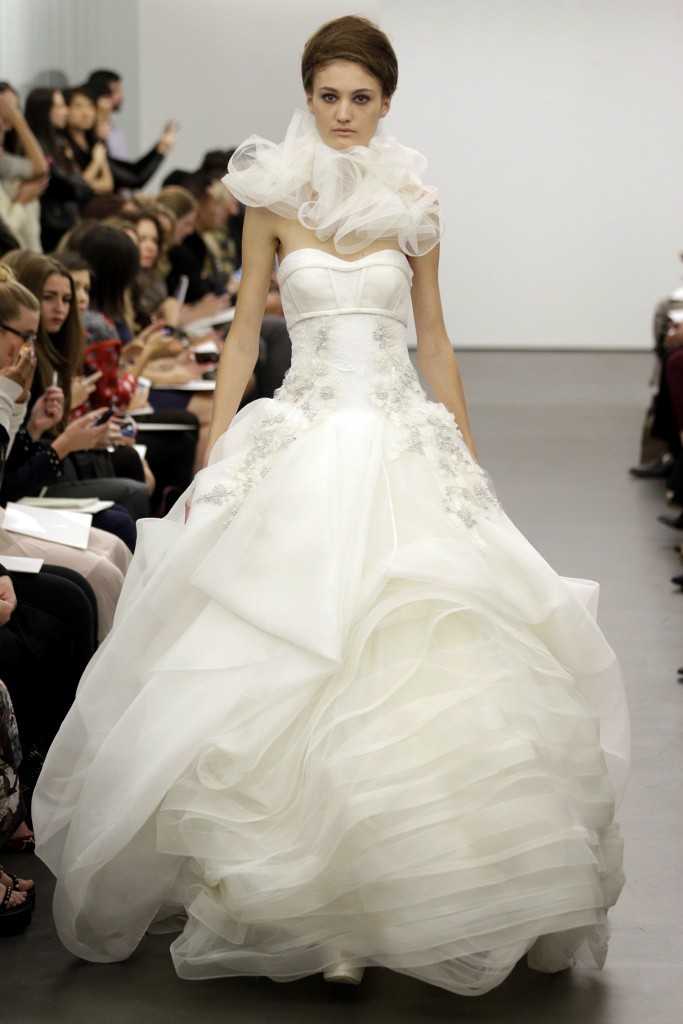 Vera Wang wedding dress Fall 2013 bridal 15