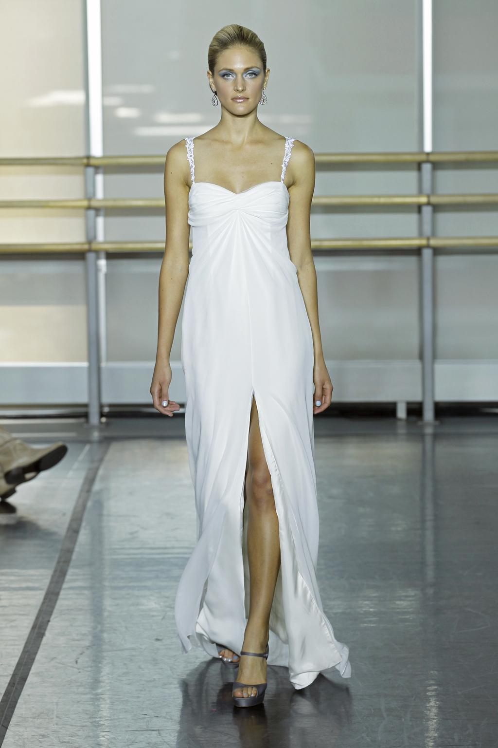 Rivini-wedding-dress-fall-2013-bridal-gown-nova.full