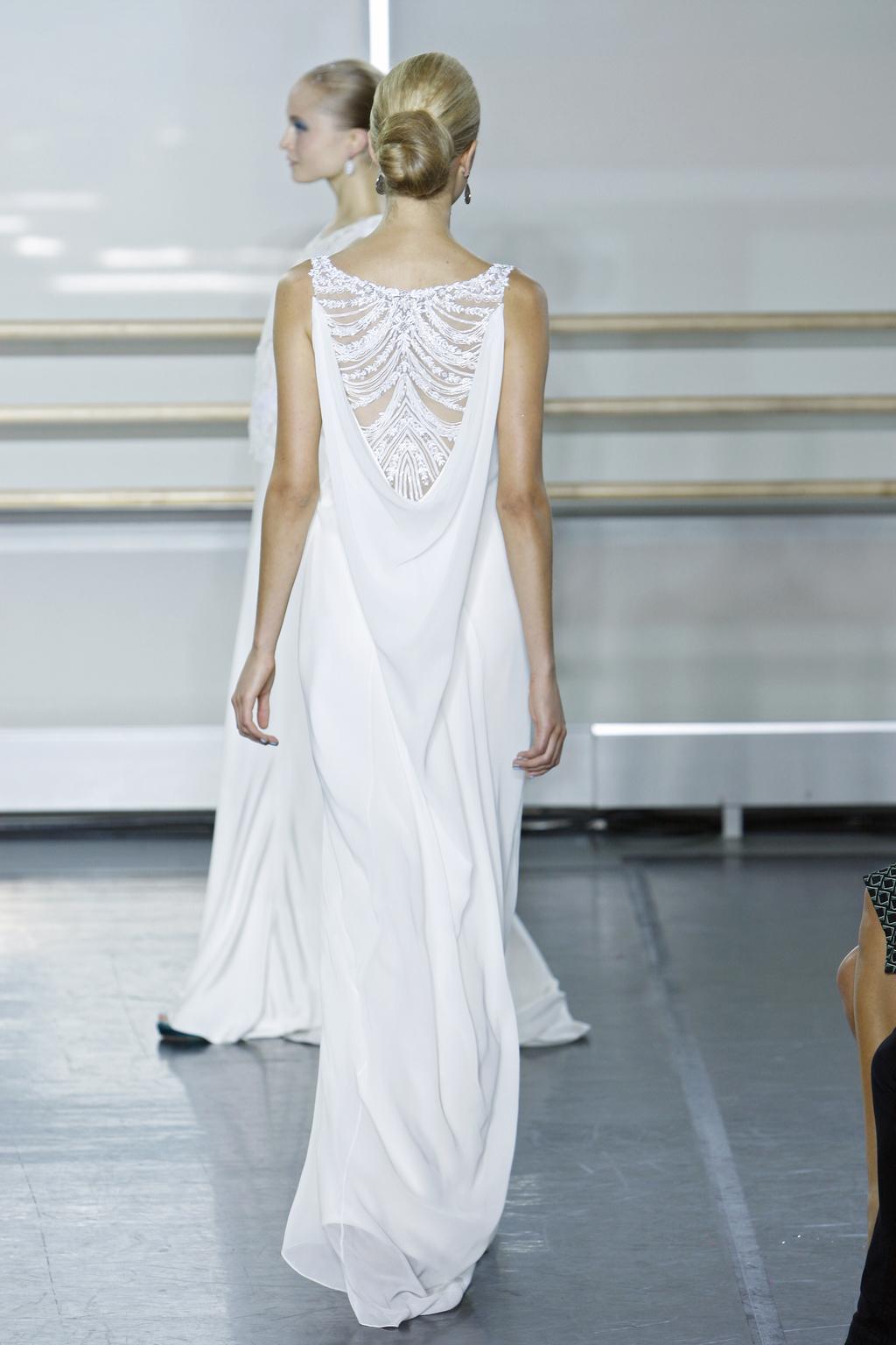 Rivini-wedding-dress-fall-2013-bridal-gown-nova-back.full