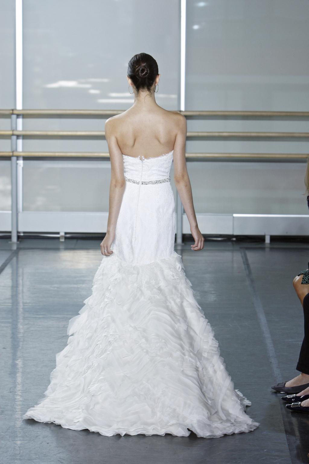 Rivini-wedding-dress-fall-2013-bridal-gown-nieve_back.full
