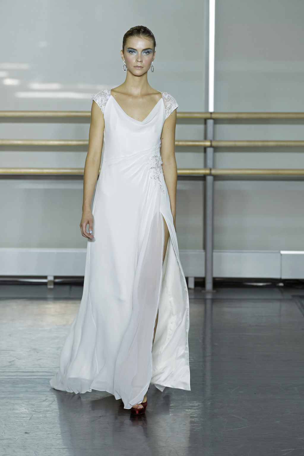Rivini-wedding-dress-fall-2013-bridal-gown-dolce.full