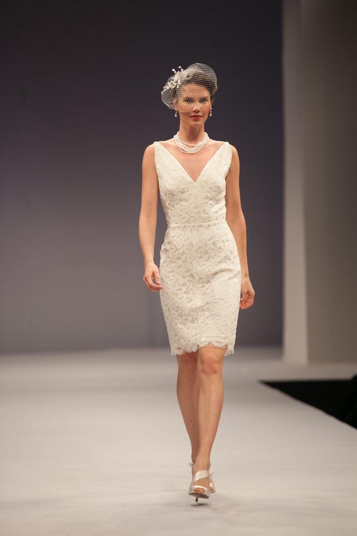 Anne-barge-wedding-dress-fall-2013-bridal-simone.full