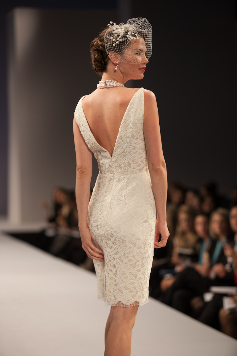 Anne-barge-wedding-dress-fall-2013-bridal-simone-b.full