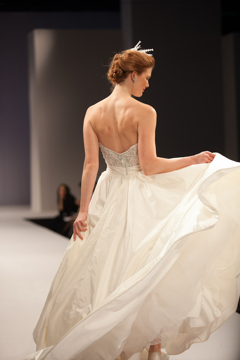 Anne-barge-wedding-dress-fall-2013-bridal-antoinette-2.full