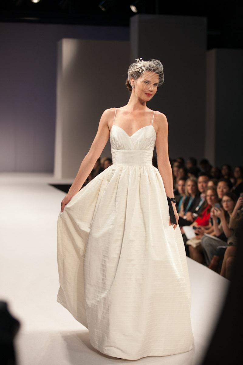Anne-barge-wedding-dress-fall-2013-bridal-sophie.full