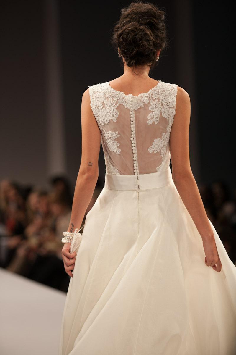 Anne-barge-wedding-dress-fall-2013-bridal-victorie-b.full