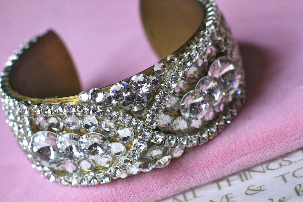 Bridal-cuff-bracelet-handmade-wedding-accessories-13.full