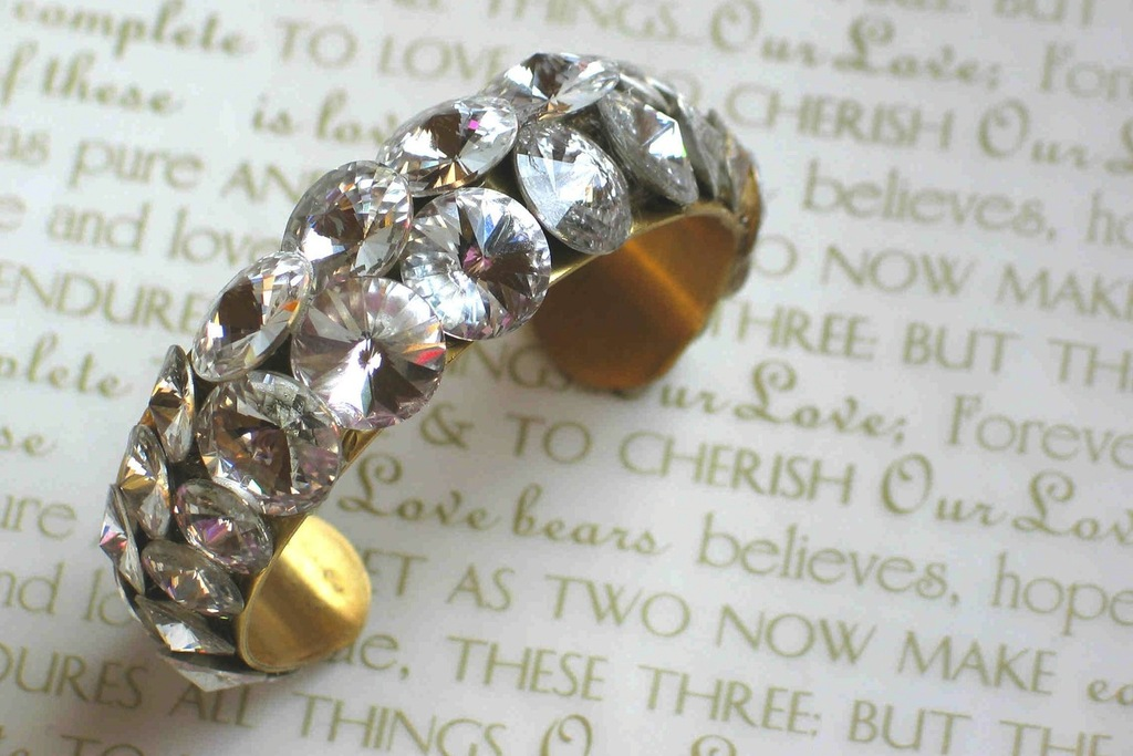 Bridal-cuff-bracelet-handmade-wedding-accessories-4.full