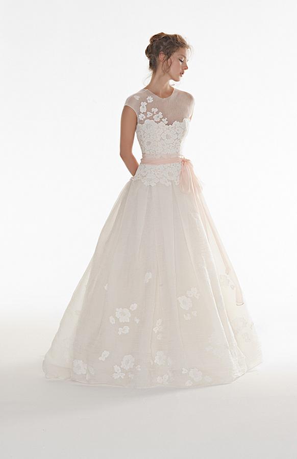 Jessica Biel wedding dress lookalikes Peter Langner 1 ...