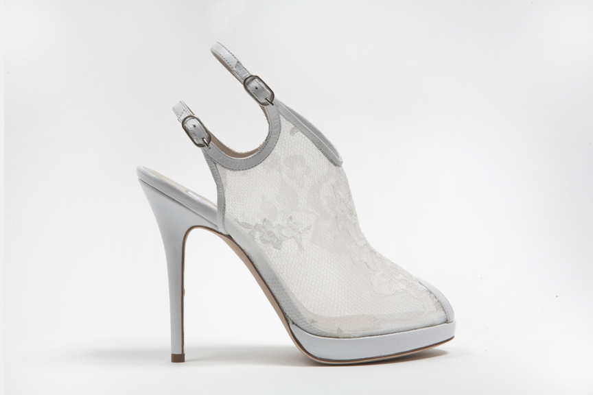 Wedding-shoes-by-monique-lhuillier-spring-2013-bridal-heels-4.full