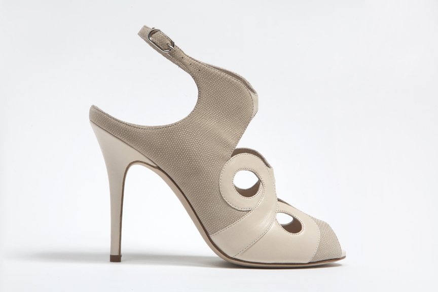 Wedding-shoes-by-monique-lhuillier-spring-2013-bridal-heels-1.full
