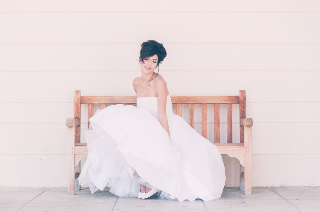 Wedding-dresses-for-the-vintage-bride-bouffant-bridal-gowns-accessories-8c.full