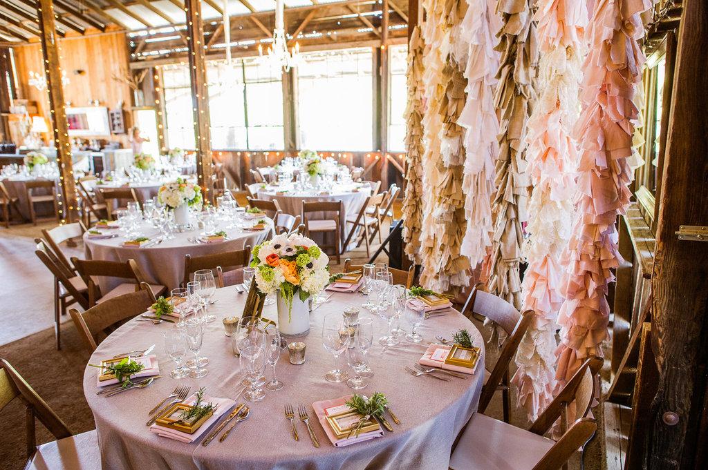 Beautiful-wedding-backdrops-etsy-handmade-weddings-rustic-2.full