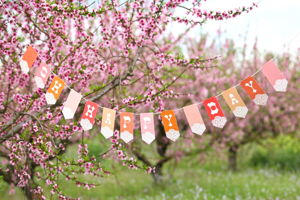 Beautiful-wedding-backdrops-etsy-handmade-weddings-romantic-banner.full