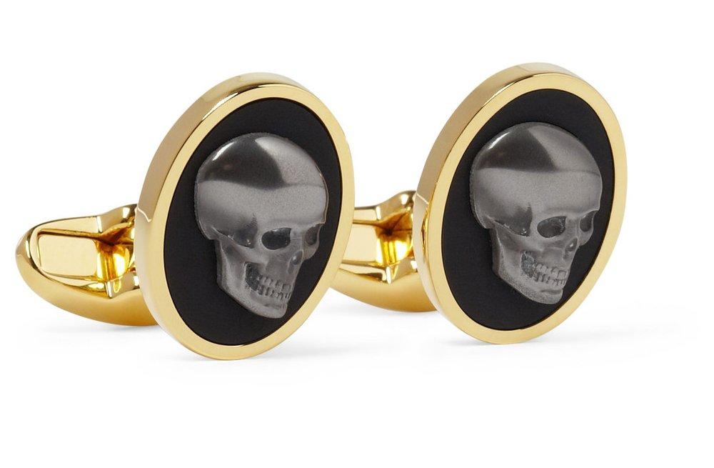 Grooms-wedding-attire-dapper-accessories-statement-cufflinks-skulls.full