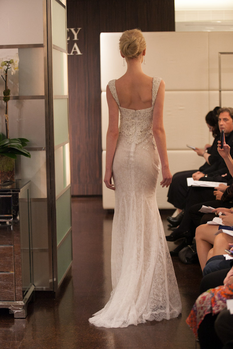 Fall-2013-wedding-dress-badgley-mischka-bridal-gowns-aquarius-b.full
