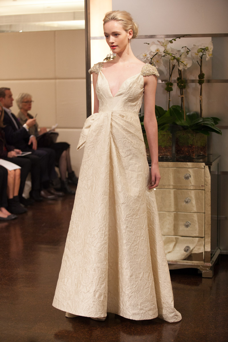 Fall 2013 wedding dress badgley mischka bridal gowns ariel for Wedding dress badgley mischka