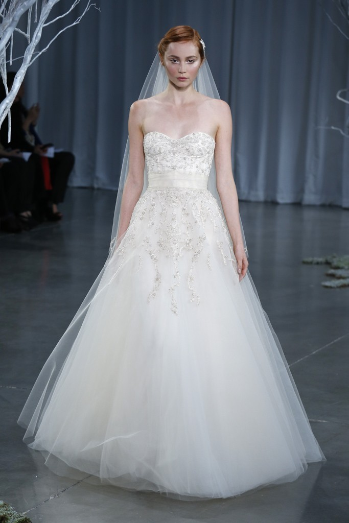 Fall-2013-wedding-dress-monique-lhuillier-bridal-gowns-creme-brulee.full