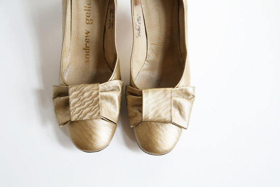 Handmade Weddings How to style a romantic winter wedding vintage heels