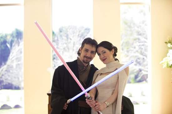 Halloween wedding inspiration Best costumed couples Star Wars