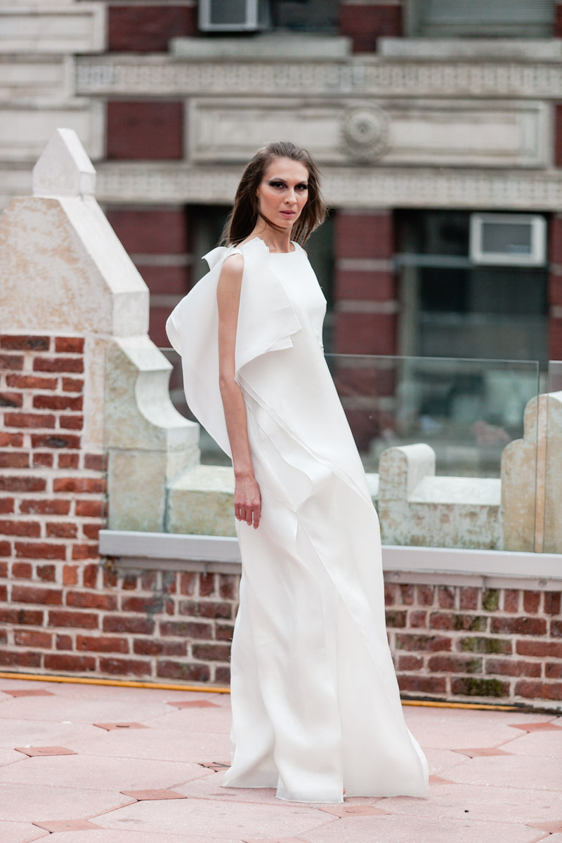 Fall 2013 wedding dress Anne Bowen bridal gowns WWD 2