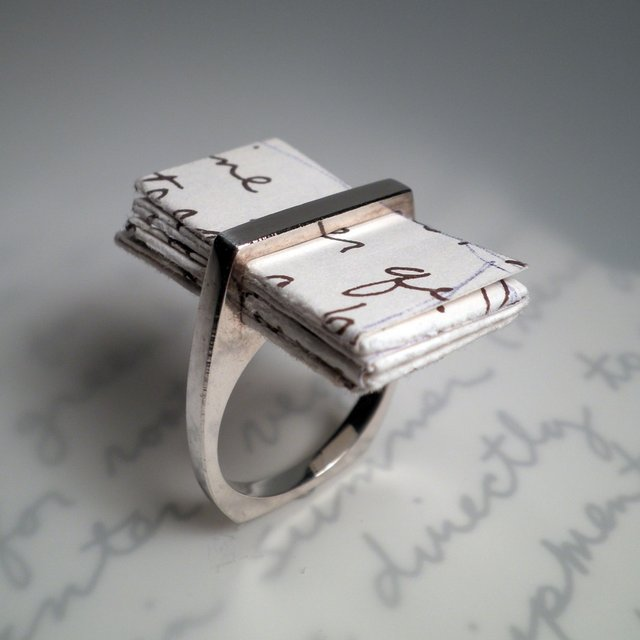 Unusual Wedding Gifts For The Groom : unique wedding rings meaningful gifts for bride or groom 1 OneWed ...