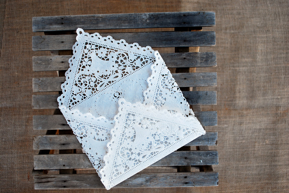 DIY wedding ideas for budget savvy brides lace envelope