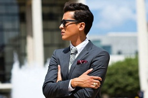 photo of handsome hairstyles for grooms and the men in weddings 18