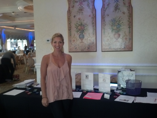 photo of Erin Peluso Wedding Weight Loss Stylist