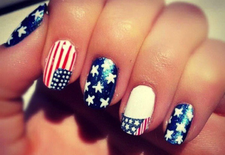 21 Patriotic Wedding Finds to Inspire Nearlyweds to Rock the Vote nail art
