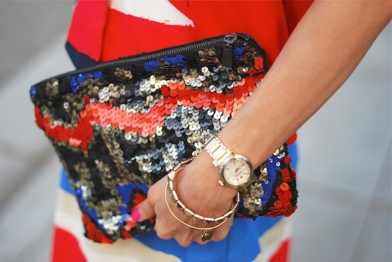 Election-day-inspiration-for-patriotic-nearlyweds-sequin-clutch.full