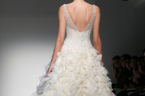 Fall 2013 Wedding Dresses with Statement Backs 3