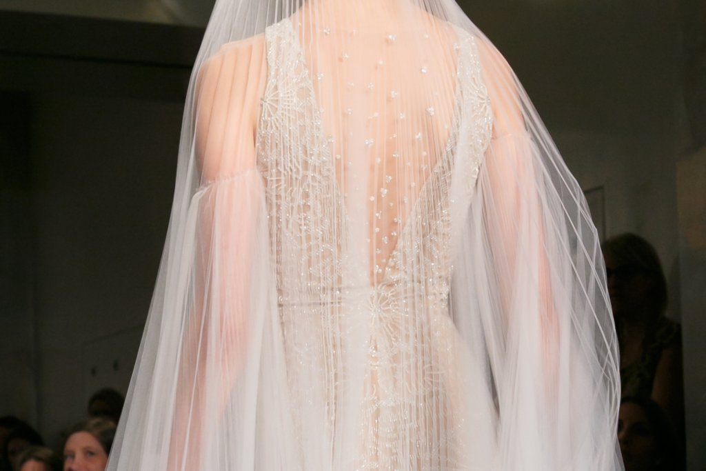 Fall 2013 Wedding Dresses with Statement Backs Reem Acra 1