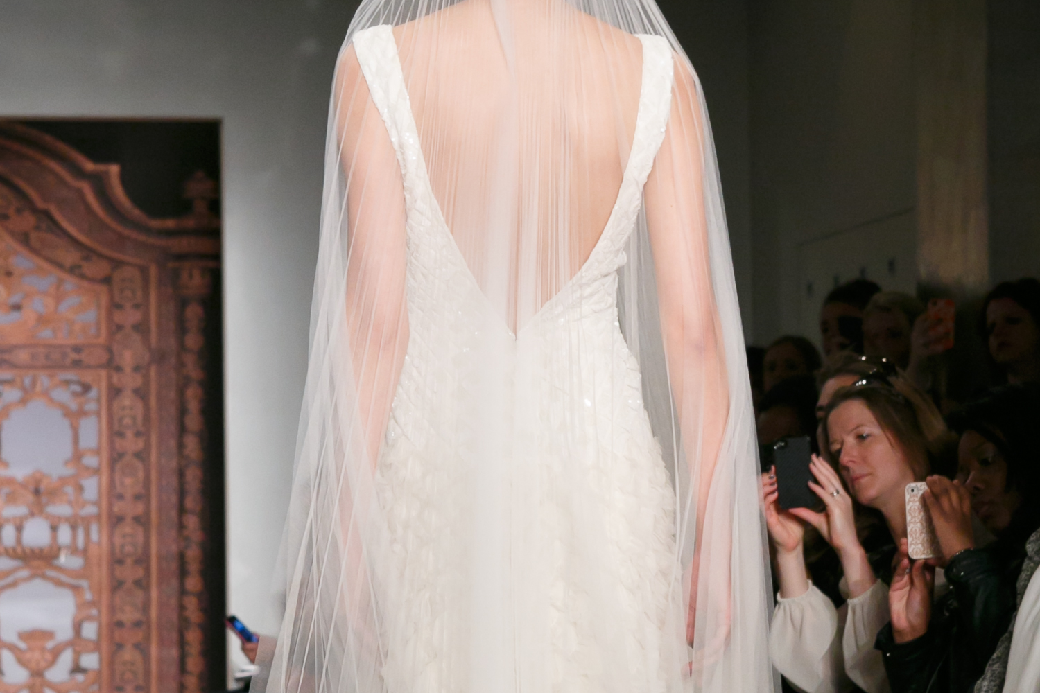 Fall-2013-wedding-dresses-with-statement-backs-reem-acra-2.original