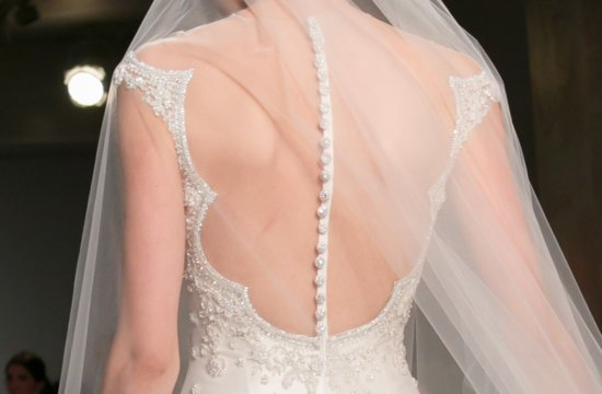 Fall 2013 Wedding Dresses with Stunning Statement Backs Reem Acra 8