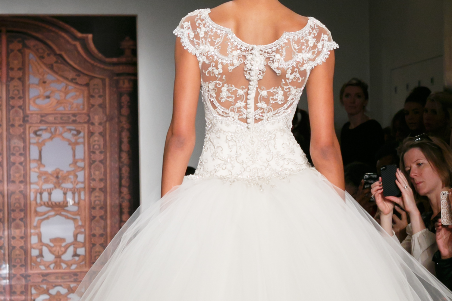 Fall-2013-wedding-dresses-with-statement-backs-reem-acra-10.original
