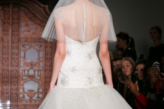 Fall 2013 Wedding Dresses with Statement Backs Reem Acra 6