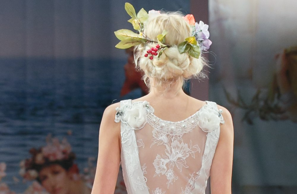 Wedding-hairstyle-trends-report-fall-2013-bridal-claire-pettibone-3.full