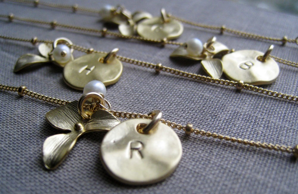 Unique-wedding-gifts-for-bridesmaids-initial-jewelry-accessories-19 ...