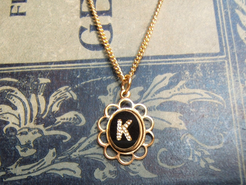Unique-wedding-gifts-for-bridesmaids-initial-jewelry-accessories-20.full