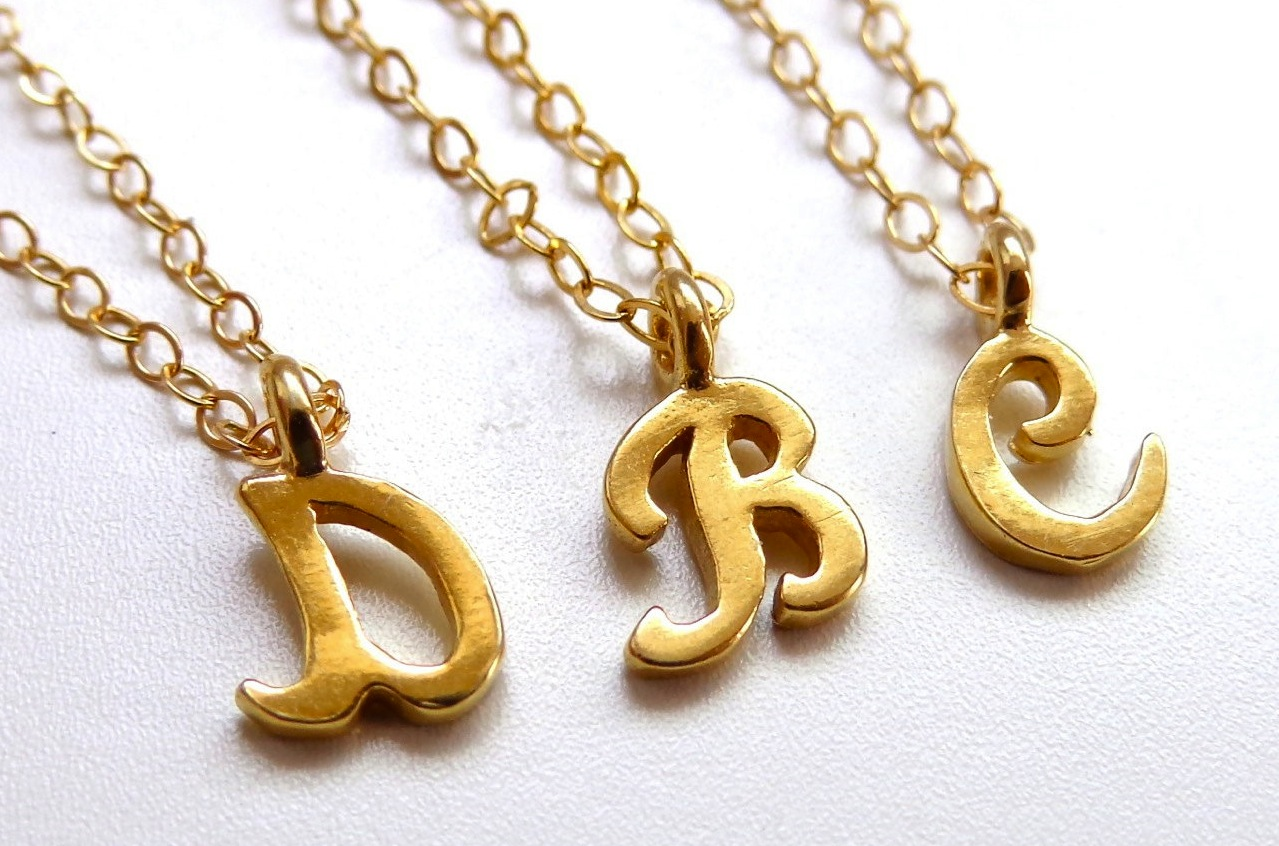 Unique-wedding-gifts-for-bridesmaids-initial-jewelry-accessories-21.original