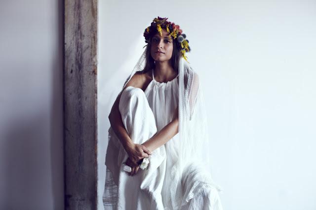 Wedding-veils-fox-fodder-farm-le-paola-peu-flower-4.full