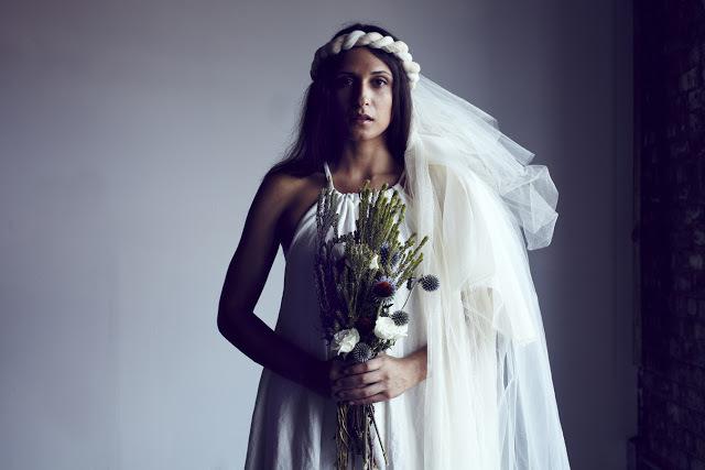 Wedding-veils-fox-fodder-farm-le-paola-peu-flower-5.full