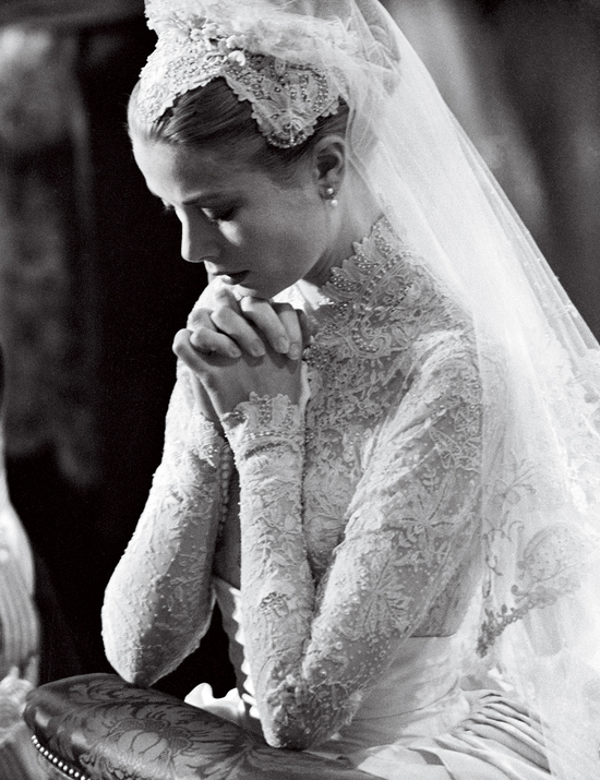 Wedding Fashion by Vogue brides through history 5